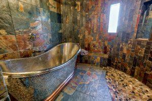 Royal Shasta Bath
